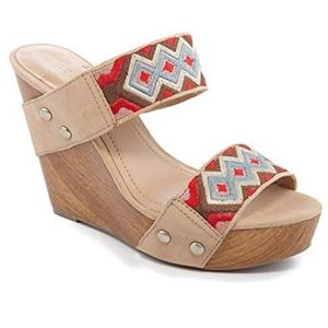 Bcbgeneration heels slip on sandals size 9.5